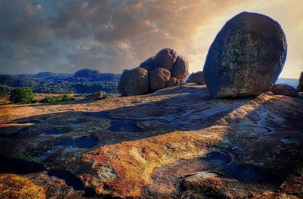 Experience It: Matobo National Park: Matopos Hills & Wooded Valleys