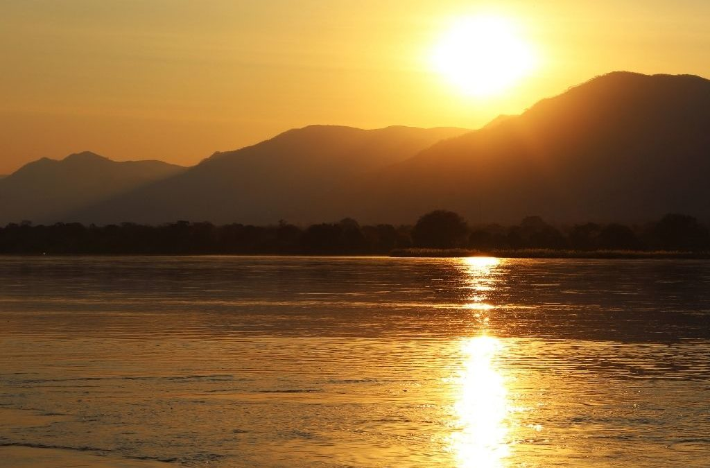 Experience It: Binga, Zimbabwe: Sandy Beaches & Hot Springs